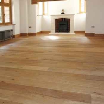 Wooden floor by UK Wood Floors